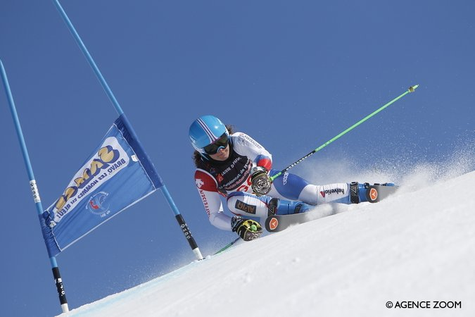 Descente FIS à Zinal : Lindy Etzenberger 2ème derrière l'Allemande
